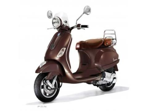 2011 Vespa LXV 150 i.e. in Shelbyville, Indiana