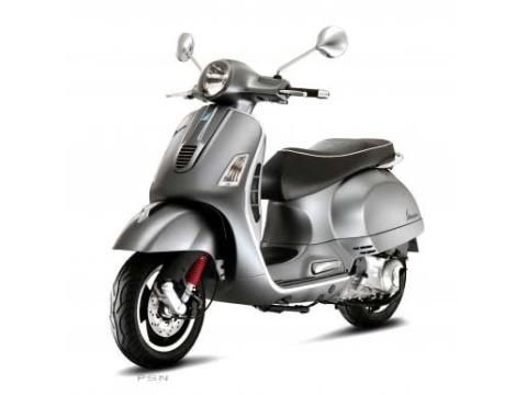 2012 Vespa GTS 300 Super in Shelbyville, Indiana