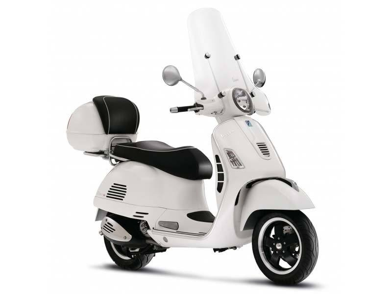 2015 Vespa GTS 300 i.e. Super ABS in Oakland, California
