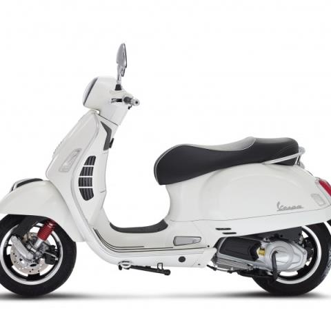 2016 Vespa GTS 300 i.e. Super ABS in Naples, Florida - Photo 7