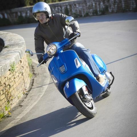 2016 Vespa GTS 300 i.e. Super ABS in New Haven, Connecticut