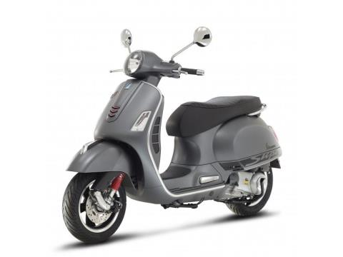 2016 Vespa GTS 300 i.e. Super Sport SE ABS in Middleton, Wisconsin