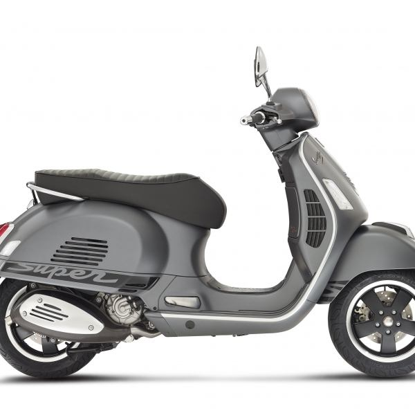 2016 Vespa GTS 300 i.e. Super Sport SE ABS in Oakland, California