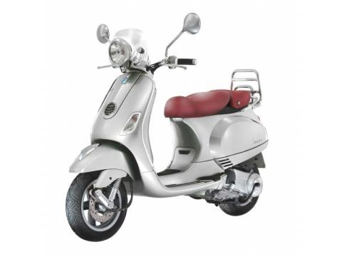 2016 Vespa LXV 150 i.e. in Middleton, Wisconsin