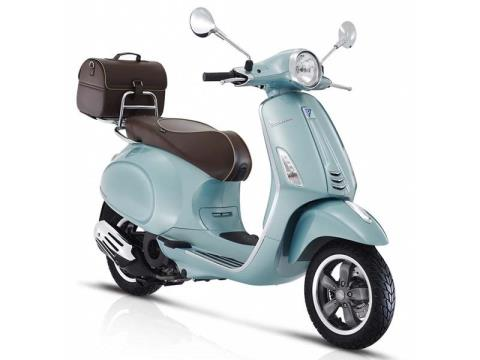2016 Vespa Primavera 150 Settantesimo in New Haven, Connecticut
