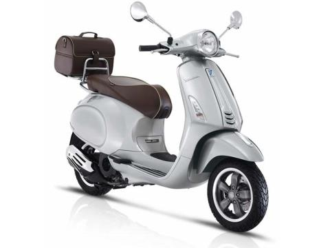 2016 Vespa Primavera 150 Settantesimo in Middleton, Wisconsin