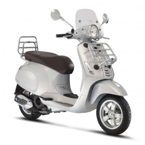2016 Vespa Primavera 150 Touring in Middleton, Wisconsin