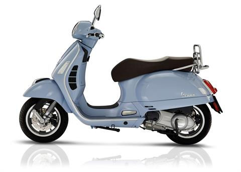 2017 Vespa GTS 300 ABS ASR in Bellevue, Washington
