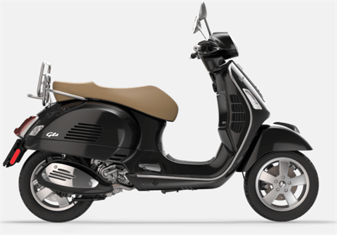 2017 Vespa GTS 300 ABS ASR in Downers Grove, Illinois