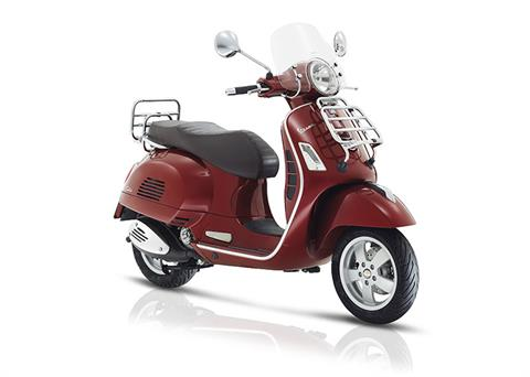 2017 Vespa GTS 300 Touring in Downers Grove, Illinois