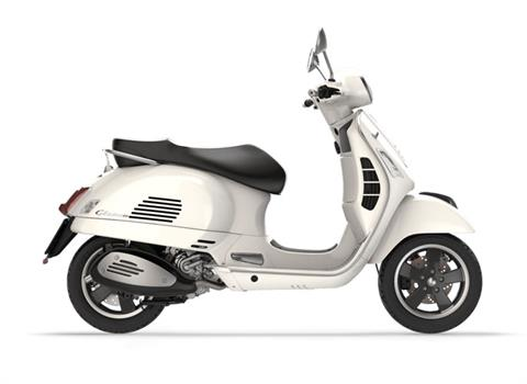 2017 Vespa GTS Super 300 in Saint Charles, Illinois