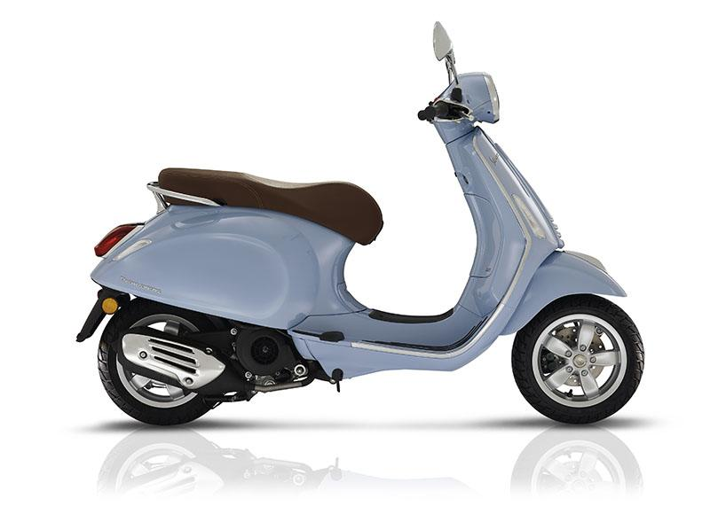 2017 Vespa Primavera 50 in Middleton, Wisconsin