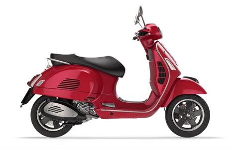 2018 Vespa GTS Super 300 in Elk Grove, California