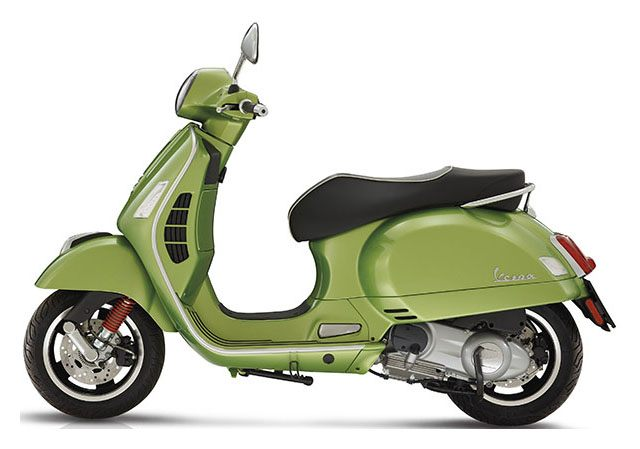 2018 Vespa GTS Super 300 in Taylor, Michigan - Photo 2