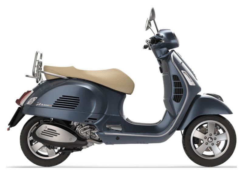 2019 Vespa GTS 300 in Oakland, California - Photo 1