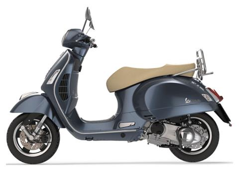 2019 Vespa GTS 300 in Saint Louis, Missouri - Photo 2