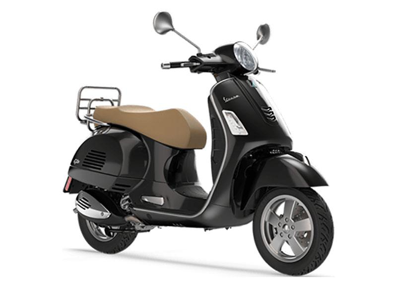 2019 Vespa GTS 300 in Marina Del Rey, California