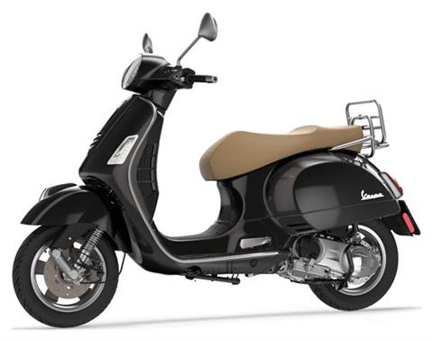 2019 Vespa GTS 300 in Greensboro, North Carolina - Photo 2
