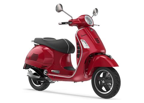 2019 Vespa GTS 300 SUPER in Middleton, Wisconsin - Photo 3