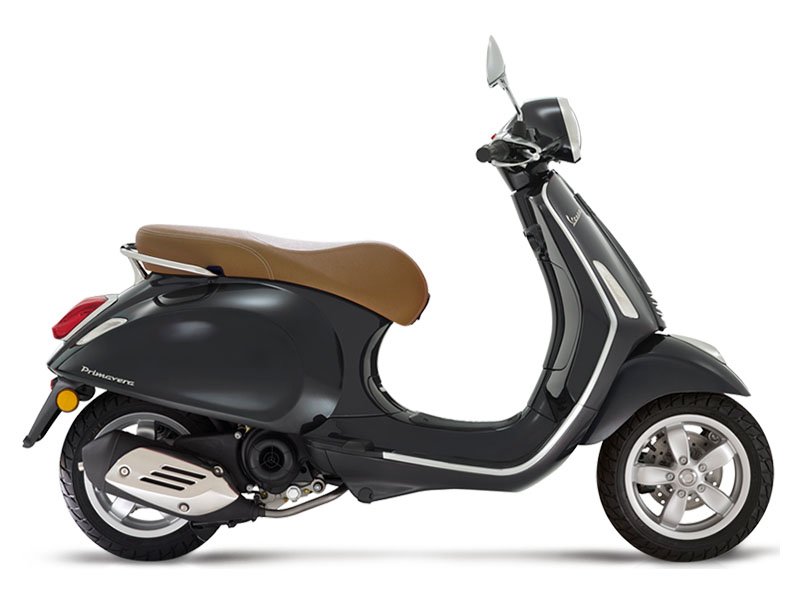 2019 Vespa Primavera 50 in Saint Charles, Illinois