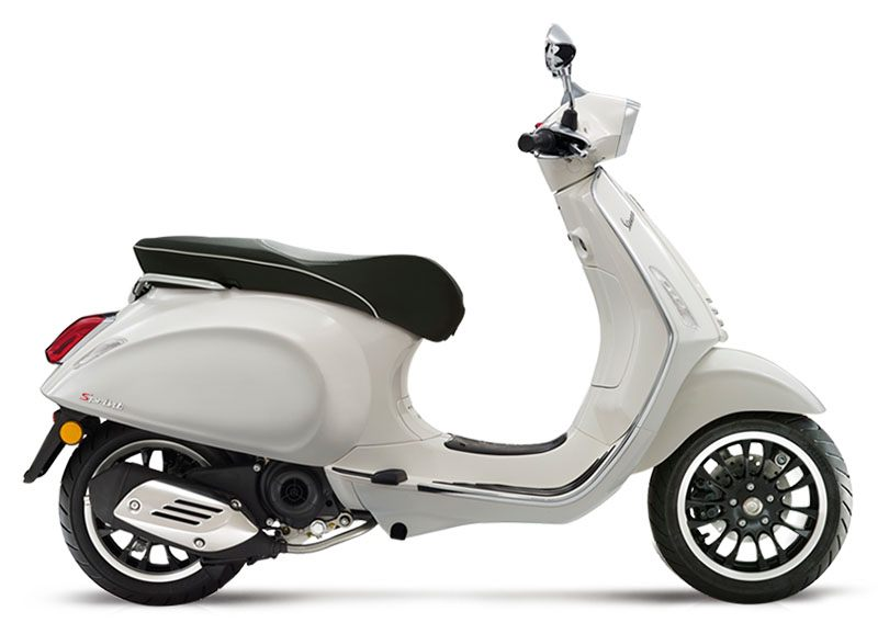 2019 Vespa Sprint 150 in Middleton, Wisconsin