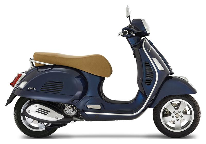 2020 Vespa GTS 300 HPE in Middleton, Wisconsin