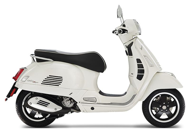 2020 Vespa GTS Super 300 HPE in Middleton, Wisconsin