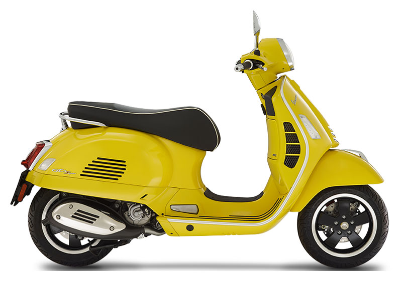2021 Vespa GTS Super 300 HPE in Plano, Texas