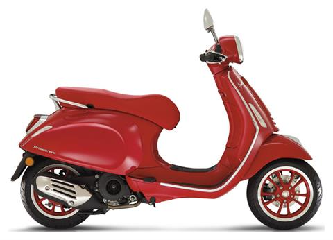 2021 Vespa Primavera 150 iGet Red in Shelbyville, Indiana