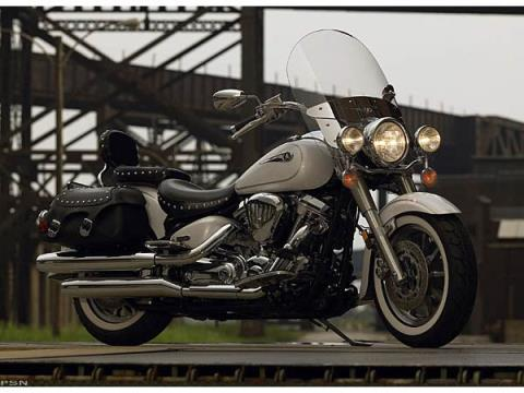 2006 Yamaha Road Star Silverado® in Geneva, Ohio - Photo 2