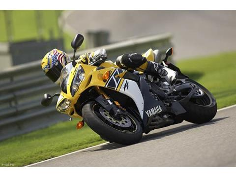 2006 Yamaha YZF-R1 in Huntington Beach, California - Photo 10