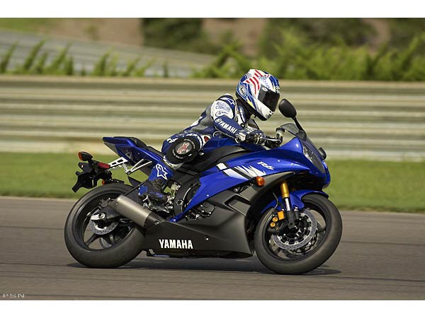 2006 Yamaha YZFR6 8