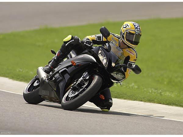 2006 Yamaha YZFR6 10