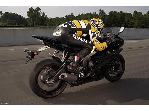 2006 Yamaha YZFR6 11