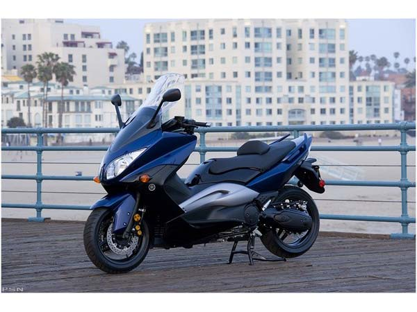 2009 Yamaha TMAX in Baldwin, Michigan