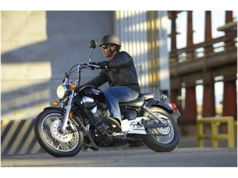 2010 Yamaha V Star 250 in Arlington Heights, Illinois