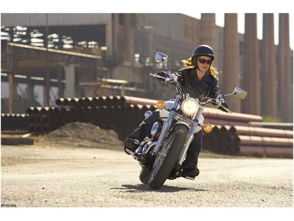 2010 Yamaha V Star 650 Midnight Custom in Pasadena, Texas