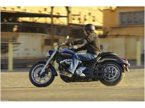 2010 Yamaha V Star 950 in Cary, North Carolina - Photo 4