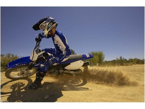 2011 Yamaha TT-R125LE 7