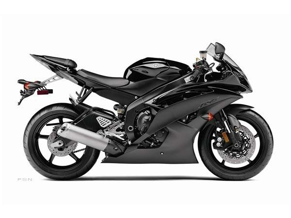 2011 Yamaha YZF-R6 in Rock Falls, Illinois