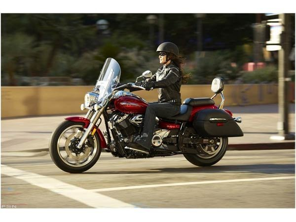 2011 Yamaha V Star 950 Tourer in Harrisonburg, Virginia - Photo 12