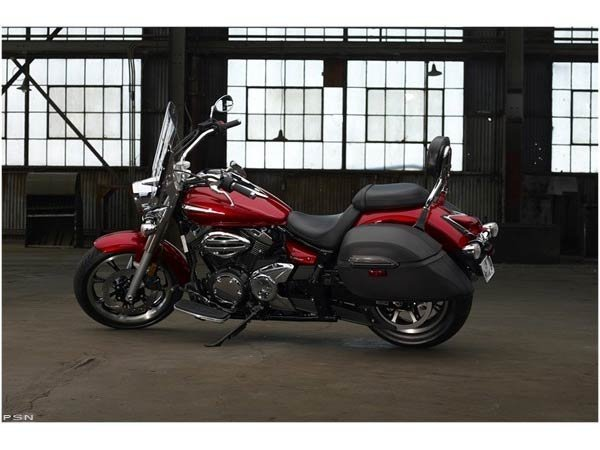 2011 Yamaha V Star 950 Tourer in Harrisonburg, Virginia - Photo 11