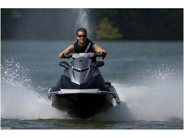 2011 Yamaha VXS in Amherst, Ohio
