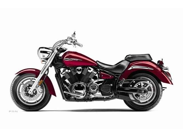 2012 Yamaha V Star 1300  in Saint Charles, Illinois - Photo 18