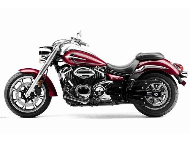 2012 Yamaha V Star 950 in Monroe, Michigan - Photo 3