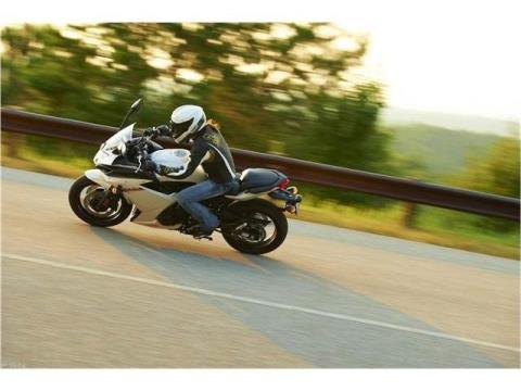 2012 Yamaha FZ6R in Glen Burnie, Maryland - Photo 6