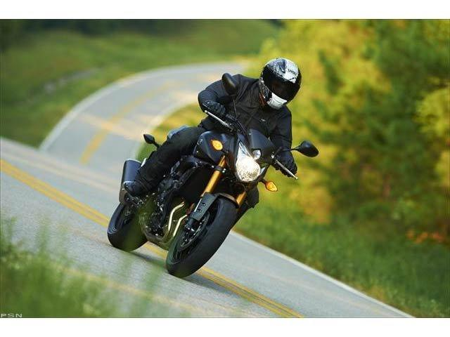 2012 Yamaha FZ8 in Kingsport, Tennessee
