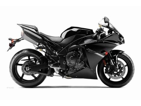 2012 Yamaha YZF-R1 in Pinellas Park, Florida - Photo 17