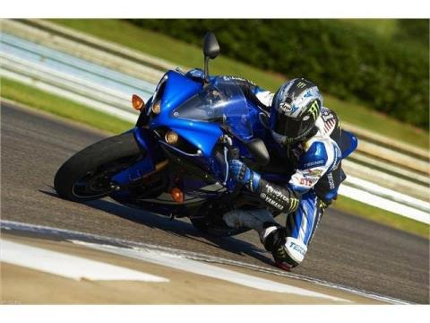 2012 Yamaha YZF-R1 in Pinellas Park, Florida - Photo 24