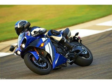 2012 Yamaha YZF-R1 in Pinellas Park, Florida - Photo 25